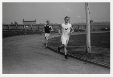 All Around Champion Athlete Jim Thorpe Gaining On Thomas Mcloughlin Of The Loughlin Lyceum Club At Olympic Tryouts Held Celtic Park May 18th 1912